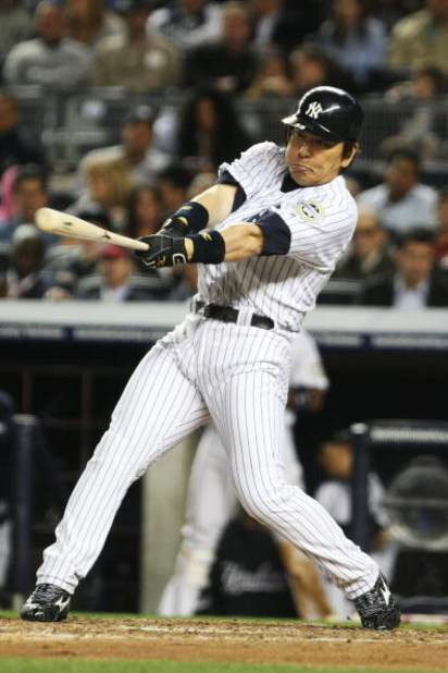 NEW YORK - SEPTEMBER 25:  Hideki Matsui #55 of The New York Yankees hits the ball against The Boston Red Sox during their game on September 25, 2009 at Yankee Stadium in the Bronx Borough of New York.  (Photo by Al Bello/Getty Images)