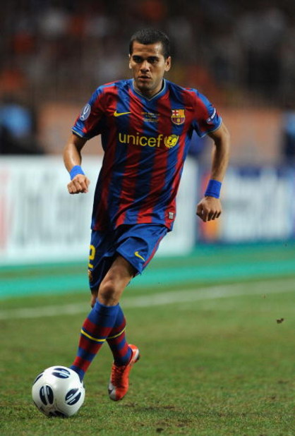 MONTE CARLO, MONACO - AUGUST 28:  Daniel Alves of Barcelona in action during the UEFA Super Cup Final between FC Barcelona and Shakhtar Donetsk at The Stade Louis II Stadium on August 28, 2009 in Monte Carlo, Monaco. (Photo by Laurence Griffiths/Getty Ima