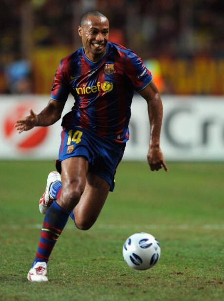 MONTE CARLO, MONACO - AUGUST 28:  Thierry Henry of Barcelona in action during the UEFA Super Cup Final between FC Barcelona and Shakhtar Donetsk at The Stade Louis II Stadium on August 28, 2009 in Monte Carlo, Monaco. (Photo by Laurence Griffiths/Getty Im