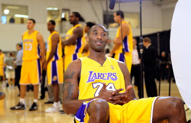 EL SEGUNDO, CA - SEPTEMBER 29:  Kobe Bryant #24 of the Los Angeles Lakers during Lakers media day at the Lakers training facility on September 29, 2009 in El Segundo, California.  NOTE TO USER: User expressly acknowledges and agrees that, by downloading a