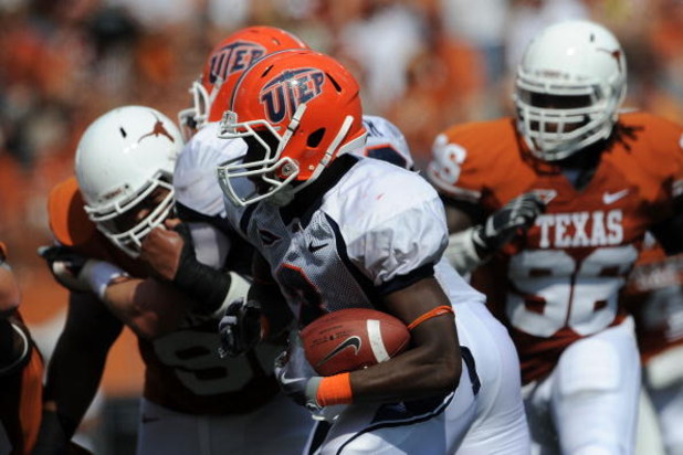AUSTIN, TX - SEPTEMBER 26:  Running back Donald Buckram #3 of the UTEP Miners runs the ball against the Texas Longhorns at Darrell K Royal-Texas Memorial Stadium on September 26, 2009 in Austin, Texas.  (Photo by Ronald Martinez/Getty Images)