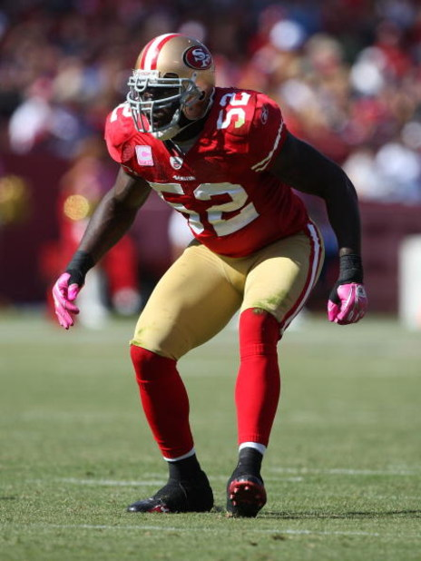 SAN FRANCISCO - OCTOBER 04:  Patrick Willis #52 of the San Francisco 49ers in action against the St. Louis Rams during an NFL game on October 4, 2009 at Candlestick Park in San Francisco, California.  (Photo by Jed Jacobsohn/Getty Images)