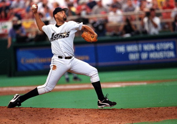 11 Sep 1999: Jose Lima #42 of the Houston Astros throws the ball during a game against the Chicago Cubs at the Astrodome in Houston, Texas. The Astros defeated the Cubs 5-3. Mandatory Credit: Ronald Martinez  /Allsport