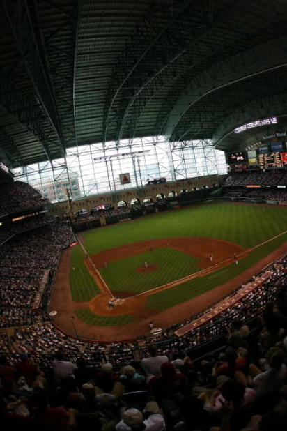 HOUSTON - JUNE 29:  General view of the Boston Red Sox and the Houston Astros during Interleague MLB action on June 29, 2008 at Minute Maid Park in Houston, Texas.  (Photo by Ronald Martinez/Getty Images)