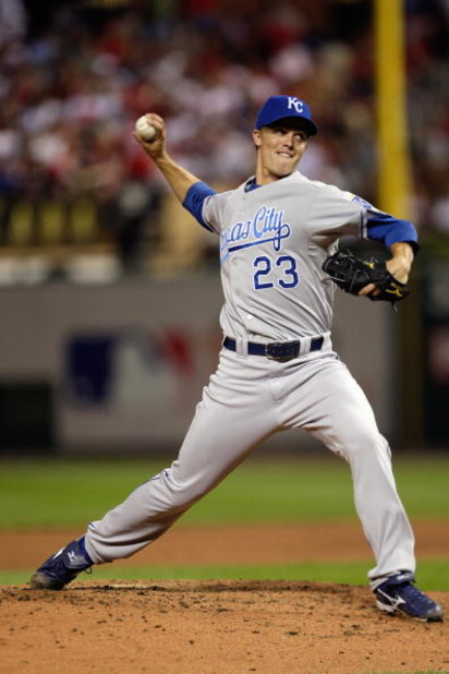 ST. LOUIS, MO - JULY 14:  American League All-Star Zack Greinke of the Kansas City Royals pitches during the 2009 MLB All-Star Game at Busch Stadium on July 14, 2009 in St Louis, Missouri. (Photo by Jamie Squire/Getty Images)