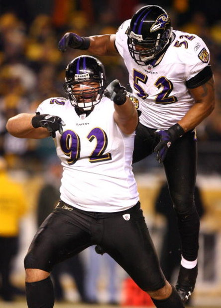PITTSBURGH - JANUARY 18:  Haloti Ngata #92 and Ray Lewis #52 of the Baltimore Ravens celebrate after Ngata recorded a sack in the first quarter against the Pittsburgh Steelers during the AFC Championship game on January 18, 2009 at Heinz Field in Pittsbur