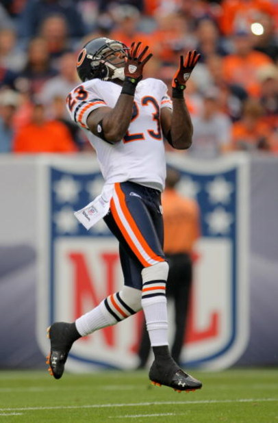DENVER - AUGUST 30:  Kick returner Devin Hester #23 of the Chicago Bears recieves a kick off against the Denver Broncos during preseason NFL action at INVESCO Field at Mile High on August 30, 2009 in Denver, Colorado. The Bears defeated the Broncos 27-17.