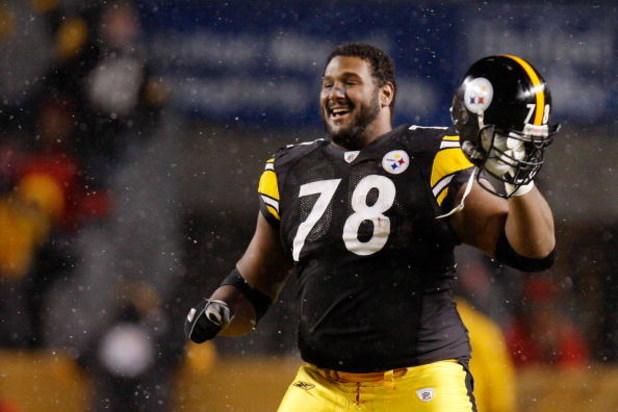 PITTSBURGH - JANUARY 18:  Offensive tackle Max Starks #78 of the Pittsburgh Steelers celebrates after defeating the Baltimore Ravens 23-14 during the AFC championship game on January 18, 2009 at Heinz Field in Pittsburgh, Pennsylvania.  (Photo by Gregory