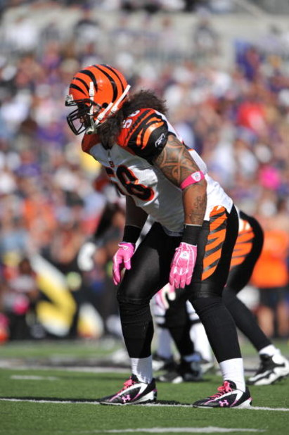 BALTIMORE - OCTOBER 11:  Rey Maualuga #58 of the Cincinnati Bengals defends against the Baltimore Ravens at M&T Bank Stadium on October 11, 2009 in Baltimore, Maryland. The Bengals defeated the Ravens 17-14. (Photo by Larry French/Getty Images)