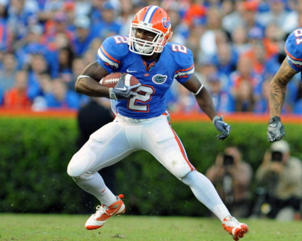 GAINESVILLE, FL - OCTOBER 17: Running back Jeff Demps #2 of the Florida Gators rushes upfield against the University of Arkansas Razorbacks October 17, 2009 at Ben Hill Griffin Stadium in Gainesville, Florida.  (Photo by Al Messerschmidt/Getty Images)