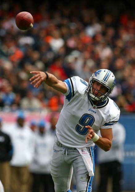CHICAGO - OCTOBER 04: Matthew Stafford #9 of the Detroit Lionsl throws a pass against the Chicago Bears on October 4, 2009 at Soldier Field in Chicago, Illinois. The Bears defeated the Lions 48-24. (Photo by Jonathan Daniel/Getty Images)