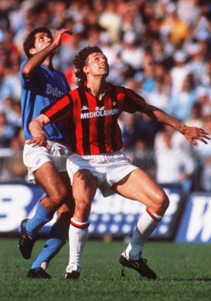 UNDATED: MARCO VAN BASTEN IN ACTION WITH A.C. MILAN DURING A 3-2 WIN OVER NAPOLI.   Mandatory Credit: David Cannon/ALLSPORT