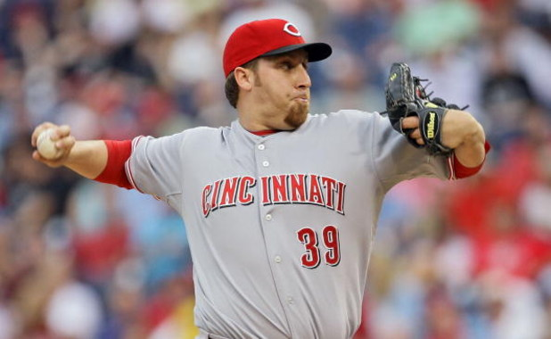 PHILADELPHIA - JUNE 03: Starting pitcher Aaron Harang #39 of the Cincinnati Reds throws a pitch during the game against the Philadelphia Phillies on June 3, 2008 at Citizens Bank Park in Philadelphia, Pennsylvania. The Phillies won 3-2. (Photo by Drew Hal