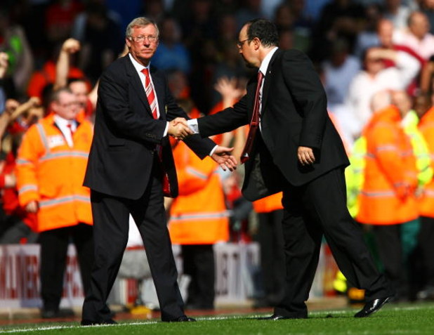 LIVERPOOL, UNITED KINGDOM - SEPTEMBER 13:  Liverpool Manager Rafael Benitez (R) and Manchester United Manager Sir Alex Ferguson shake hands after the Barclays Premier League match between Liverpool and Manchester United at Anfield on September 13, 2008 in