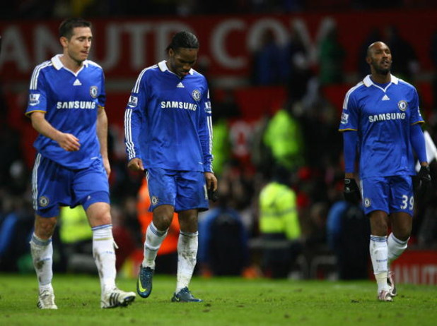 MANCHESTER, UNITED KINGDOM - JANUARY 11:  Frank Lampard, Didier Drogba and Nicolas Anelka (R) of Chelsea leave the pitch dejectedly at the end of the Barclays Premier League match between Manchester United and Chelsea at Old Trafford on January 11, 2009 i