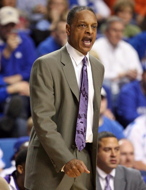LEXINGTON, KY - FEBRUARY 28:  Trent Johnson the Head Coach of the LSU Tigers during the Tigers 73-70 victory over the Kentucky Wildcats during the SEC game at Rupp Arena on February 28, 2009 in Lexington, Kentucky.  (Photo by Andy Lyons/Getty Images)