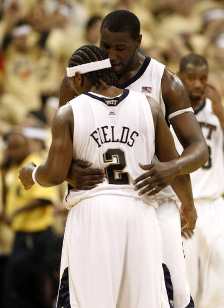 PITTSBURGH - MARCH 07: DeJuan Blair #45 of the Pittsburgh Panthers congratulates Levance Fields #2 after a basket against the Connecticut Huskies on March 7, 2009 at the Petersen Events Center in Pittsburgh, Pennsylvania. Pittsburgh won the game 70-60. (P