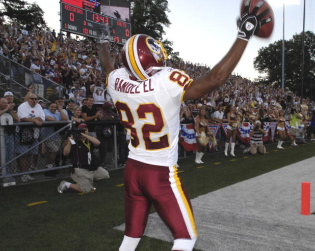 CANTON, OH - AUGUST 3: Wide receiver Antwaan Randle El #82 of the Washington Redskins celebrates a catch against the Indianapolis Colts in the Pro Football Hall of Fame Game at Fawcett Stadium on August 3, 2008 in Canton, Ohio.   (Photo by Al Messerschmid