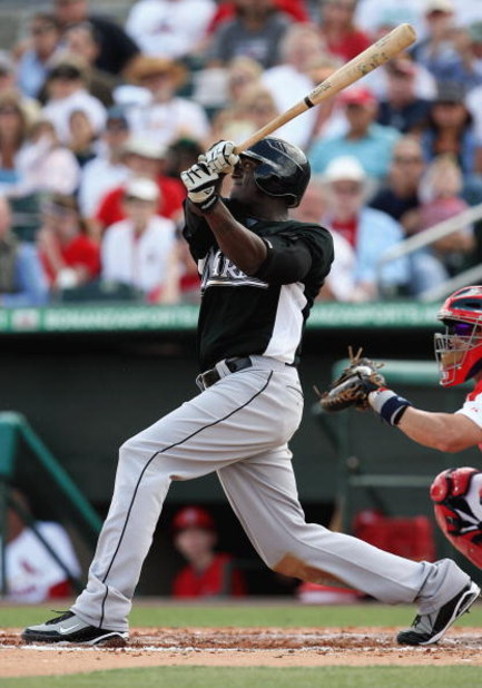 JUPITER, FL - FEBRUARY 25:  Cameron Maybin #24 of the Florida Marlins bats against the St. Louis Cardinals during a spring training game at Roger Dean Stadium on February 25, 2009 in Jupiter, Florida. The Marlins and the Mets played to a 5-5 tie in 10 inn