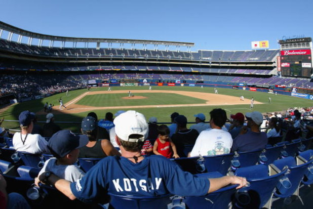 SAN DIEGO, CA - SEPTEMBER 3:  A fan of Mark Kotsay #14 of the San Diego Padres watches the game against the Arizona Diamondbacks at Qualcomm Stadium on September 3, 2003 in San Diego, California.  The Padres won 12-0.  (Photo by Donald Miralle/Getty Image