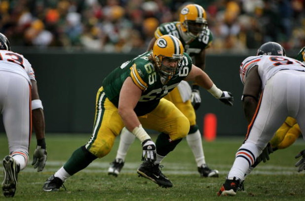 GREEN BAY, WI - NOVEMBER 16:  Offensive tackle Mark Tauscher #65 of the Green Bay Packers protects the line of scrimmage against the Chicago Bears during NFL action at Lambeau Field on November 16, 2008 in Green Bay, Wisconsin. The Packers defeated the Be