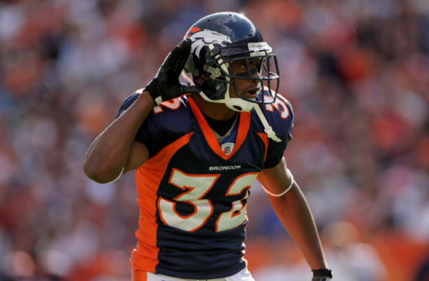 DENVER - OCTOBER 05:  Cornerback Dre Bly #32 of the Denver Broncos encourages the crowd against the Tampa Bay Buccaneers during NFL action on October 5, 2008 in Denver, Colorado. The Broncos defeated the Buccaneers 16-13.  (Photo by Doug Pensinger/Getty I