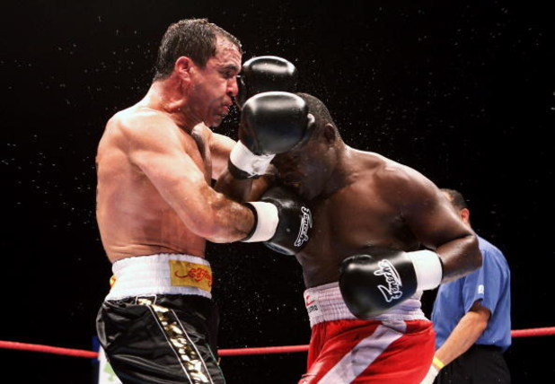MELBOURNE, AUSTRALIA - JUNE 24:  Jeff Fenech (L) and Azumah Nelson exchanges blows during their welterweight fight at the Vodafone Arena on June 24, 2008 in Melbourne, Australia.  (Photo by Quinn Rooney/Getty Images)