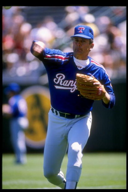 1989:  Pitcher Nolan Ryan of the Texas Rangers throws the ball. Mandatory Credit: Otto Greule  /Allsport