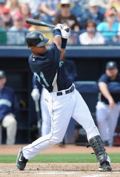 PEORIA, AZ - MARCH 08:  Franklin Gutierrez #21 of the Seattle Mariners bats during a Spring Training game against the Arizona Diamondbacks at Peoria Stadium on March 8, 2009 in Peoria, Arizona.  (Photo by Lisa Blumenfeld/Getty Images)