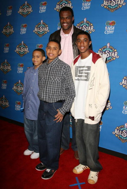 NEW ORLEANS - FEBRUARY 17:  Basketball player David Robinson and sons arrive at the 57th NBA All-Star Game, part of 2008 NBA All-Star Weekend at the New Orleans Arena on February 17, 2008 in New Orleans, Louisiana.  NOTE TO USER: User expressly acknowledg