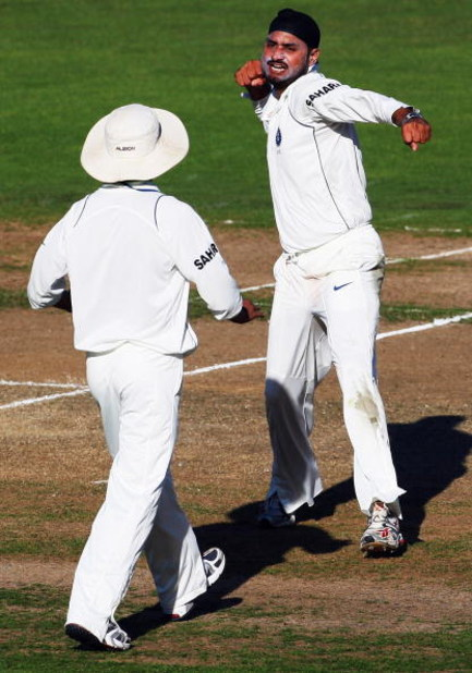 NAPIER, NEW ZEALAND - MARCH 26:  Harbhajan Singh of India celebrates dismissing Ross Taylor of New Zealand during day one of the second test match between New Zealand and India at McLean Park on March 26, 2009 in Napier, New Zealand.  (Photo by Phil Walte