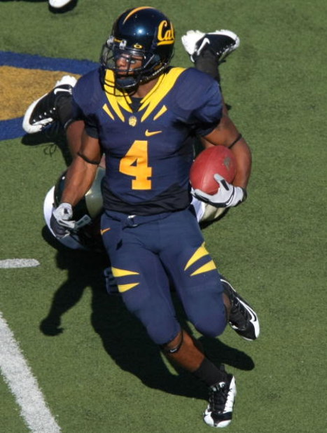 BERKELEY, CA - SEPTEMBER 27: Jahvid Best #4 of the California Golden Bears runs against the Colorado State Rams during an NCAA football game on September 27, 2008 at Memorial Stadium in Berkeley, California.  (Photo by Jed Jacobsohn/Getty Images)