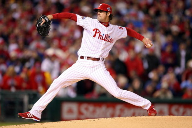 PHILADELPHIA - OCTOBER 27:  Cole Hamels #35 of the Philadelphia Phillies throws a pitch against the Tampa Bay Rays during game five of the 2008 MLB World Series on October 27, 2008 at Citizens Bank Park in Philadelphia, Pennsylvania.  (Photo by Jed Jacobs