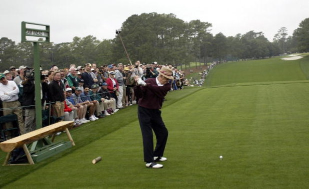 11 Apr 2002:  Sam Snead of the USA drives off on the first tee to start the first day of the Masters Tournament from the Augusta National Golf Club, Augusta, Georgia. DIGITAL IMAGE. EDITORIAL USE ONLY Mandatory Credit: Craig Jones/Getty Images