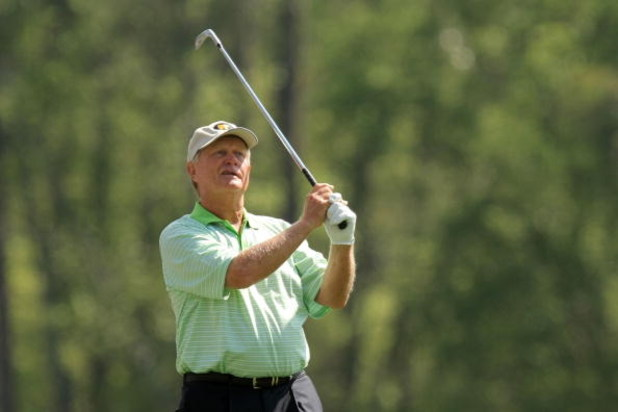 AUGUSTA, GA - APRIL 09:  Jack Nicklaus watches his shot during the third day of practice prior to the start of the 2008 Masters Tournament at Augusta National Golf Club on April 9, 2008 in Augusta, Georgia.  (Photo by Harry How/Getty Images)
