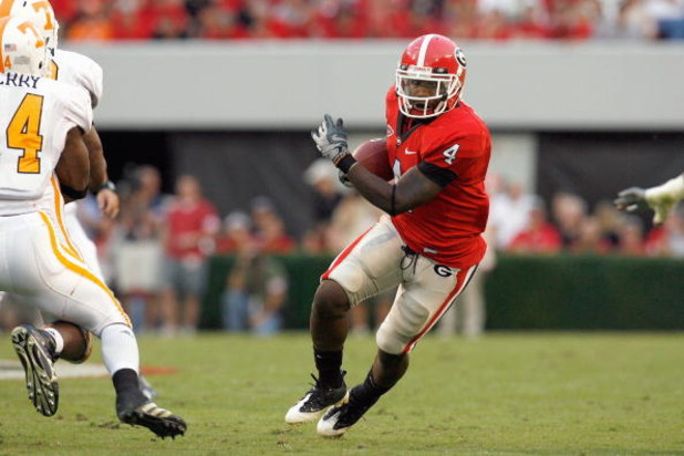 ATHENS, GA - OCTOBER 11:  Caleb King #4of the Georgia Bulldogs carries the ball during the game against the Tennessee Volunteers at Sanford Stadium on October 11, 2008 in Athens, Georgia.  (Photo by Kevin C. Cox/Getty Images)