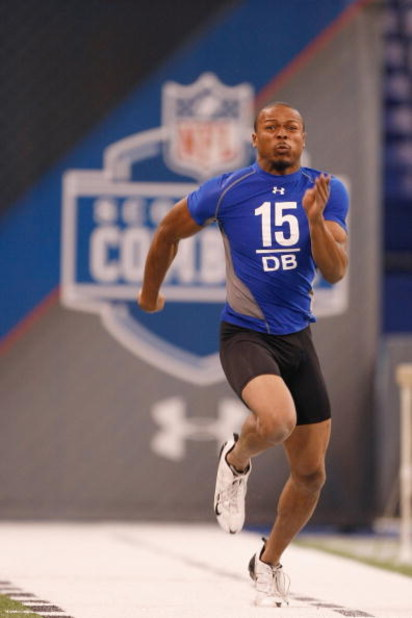 INDIANAPOLIS, IN - FEBRUARY 24:  Defensive back Bradley Fletcher of Iowa runs the 40 yard dash during the NFL Scouting Combine presented by Under Armour at Lucas Oil Stadium on February 24, 2009 in Indianapolis, Indiana. (Photo by Scott Boehm/Getty Images