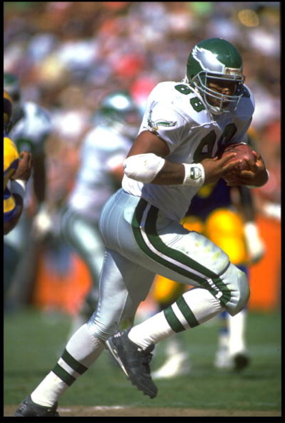 23 SEP 1990:  PHILADELPHIA EAGLES TIGHT-END KEITH JACKSON RUNS DOWNFIELD AFTER MAKING CATCH DURING THE EAGLES 27-21 VICTORY OVER THE LOS ANGELES RAMS AT ANAHEIM STADIUM IN ANAHEIM, CALIFORNIA
