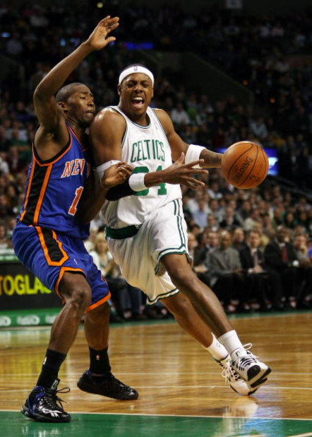 BOSTON - NOVEMBER 18:  Paul Pierce #34 of the Boston Celtics makes his way around Jamal Crawford #11 of the New York Knicks on November 18,  2008 at TD Banknorth Garden in Boston, Massachusetts. NOTE TO USER: User expressly acknowledges and agrees that, b