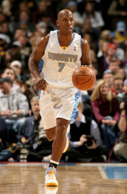 DENVER - DECEMBER 19:  Chauncey Billups #7 of the Denver Nuggets controls the ball against the Cleveland Cavaliers at the Pepsi Center on December 19, 2008 in Denver, Colorado.The Cavaliers defeated the Nuggets 105-88.  (Photo by Doug Pensinger/Getty Imag