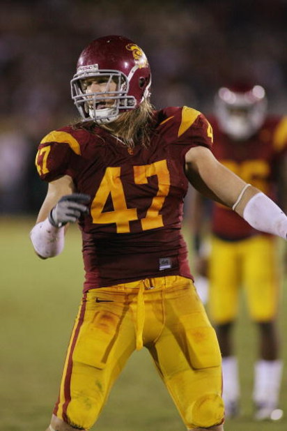 LOS ANGELES - NOVEMBER 8:  Clay Matthews #47 of the USC Trojans reacts against the California Bears on November 8, 2008 at the Los Angeles Memorial Coliseum in Los Angeles, California.  USC won 17-3.  (Photo by Jeff Golden/Getty Images)