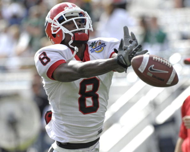 ORLANDO, FL - JANUARY 1: Flanker A. J. Green #8 of the University of Georgia warms up for play against the Michigan State Spartans at the 2009 Capital One Bowl at the Citrus Bowl on January 1, 2009 in Orlando, Florida.  (Photo by Al Messerschmidt/Getty Im