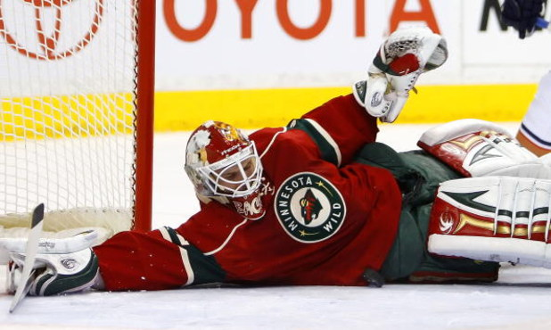 ST. PAUL, MN - MARCH 22: Niklas Backstrom #32 of the Minnesota Wild makes a save against the Edmonton Oilers March 22, 2009 at the Xcel Energy Center in St. Paul, Minnesota. (Photo by Scott A. Schneider/Getty Images)