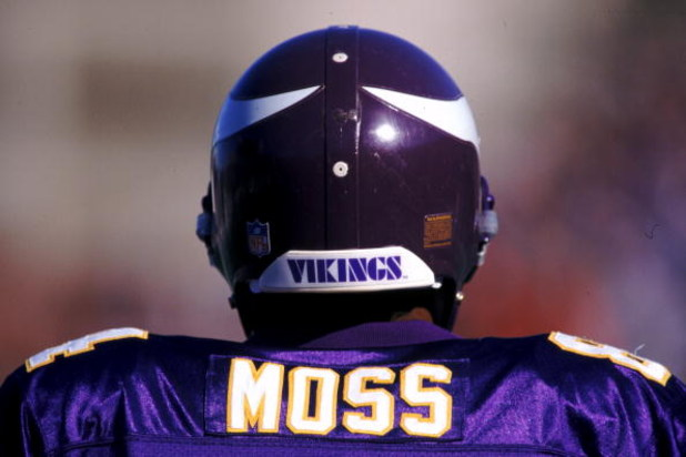 26 Dec 1998:   Randy Moss #84 of the Minnesota Vikings looks on the field during a game against the Nashville Oilers at the Vanderbilt Stadium in Nashville, Tennessee. The Vikings defeated the Oilers 26-16. Mandatory Credit: Scott Halleran  /Allsport