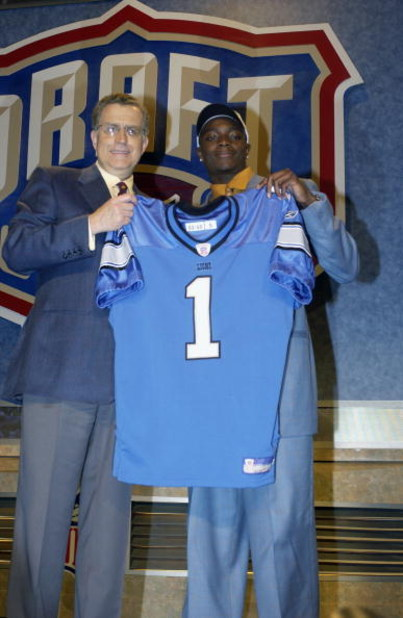 NEW YORK CITY - APRIL 26:  Charles Rogers from Michigan State was selected second overall by the Detroit Lions with NFL Commissioner Paul Tagliabue at the 2003 NFL Draft on April 26, 2003 at Madison Square Garden in New York City. (Photo by Ezra Shaw/Gett