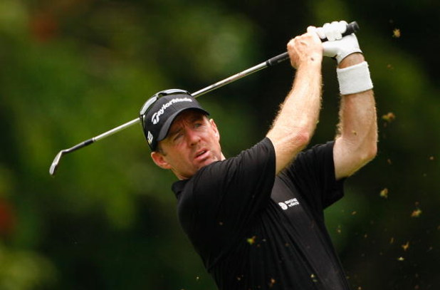 COOLUM BEACH, AUSTRALIA - DECEMBER 07:  Rod Pampling of Australia plays a shot during day four of the Australian PGA Championship at the Hyatt Regency Resort on December 7, 2008 at Coolum Beach, Australia.  (Photo by Cameron Spencer/Getty Images)