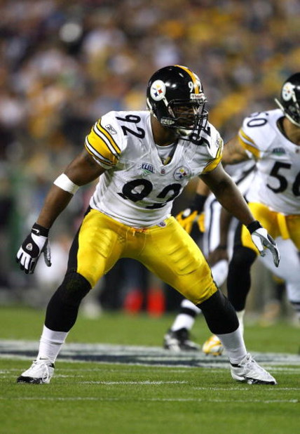 TAMPA, FL - FEBRUARY 01:  Linebacker James Harrison #92 of the Pittsburgh Steelers lines up on defense against the Arizona Cardinals during Super Bowl XLIII on February 1, 2009 at Raymond James Stadium in Tampa, Florida. Steelers won 27-23. (Photo by Al B