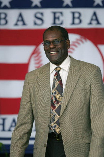COOPERSTOWN, NY - JULY 31: Hall of Famer Bob Gibson attends the Baseball Hall of Fame Induction ceremony on July 31, 2005 at the Clark Sports Complex in Cooperstown, New York.  (Photo by Ezra Shaw/Getty Images)