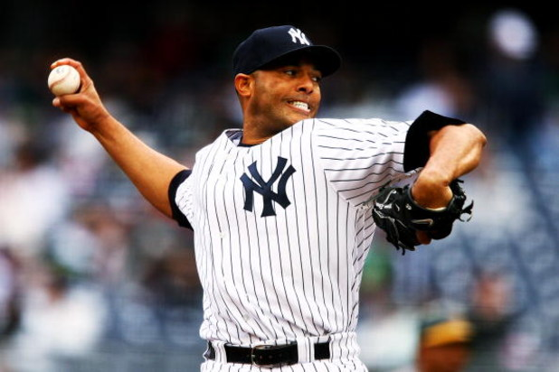 NEW YORK - APRIL 22:  Mariano Rivera #42 of the New York Yankees of the Oakland Athletics during their game on April 22, 2009 at Yankee Stadium in the Bronx borough of New York City.  (Photo by Al Bello/Getty Images)