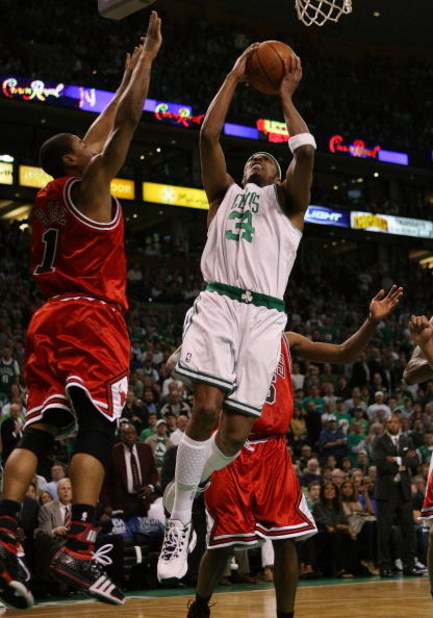BOSTON - MAY 02:  Paul Pierce #34 of the Boston Celtics takes a shot as Derrick Rose #1 of the Chicago Bulls defends in Game Seven of the Eastern Conference Quarterfinals during the 2009 NBA Playoffs at TD Banknorth Garden on May 2, 2009 in Boston, Massac